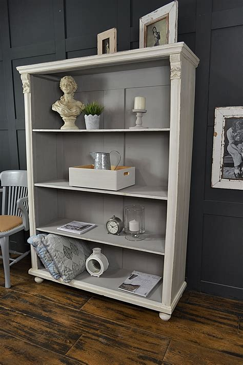 Diy-Shabby-Chic-Bookcase