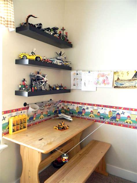 Diy-Shelves-Boys-Room