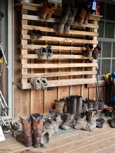 Diy-Shoe-Rack-For-Boots