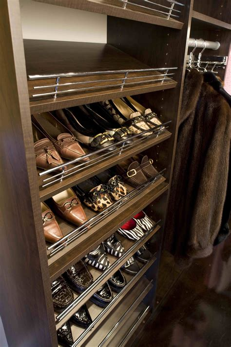 Diy-Shoe-Rack-With-Slant