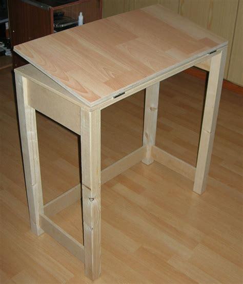 Diy-Simple-Drafting-Table