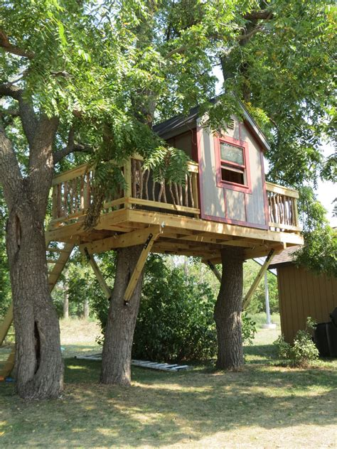 Diy-Simple-Treehouse-Plans