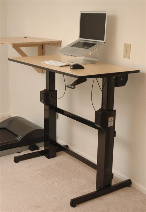 Diy-Sitting-And-Standing-Desk