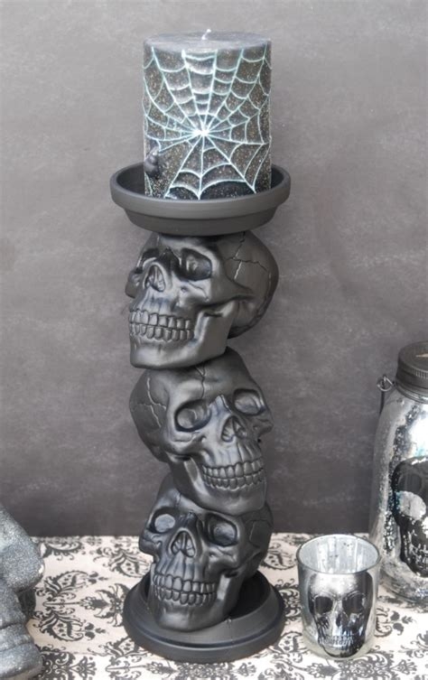 Diy-Skull-Candle-Holder