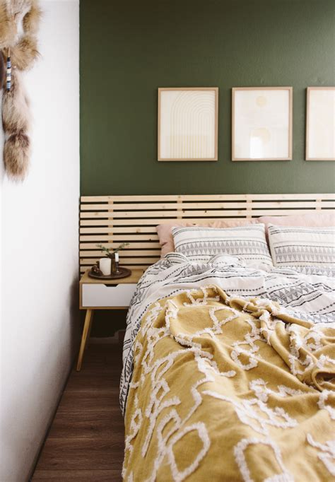 Diy-Slatted-Headboard