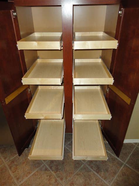 Diy-Sliding-Kitchen-Shelves