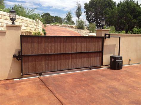 Diy-Sliding-Wood-Fence