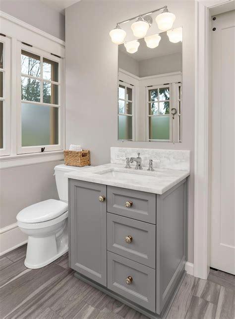 Diy-Small-Bathroom-Cabinet