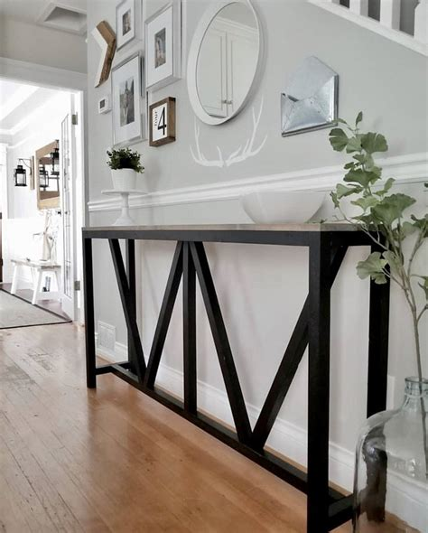 Diy-Small-Hall-Table-Plans