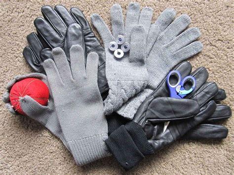 Diy-Smartphone-Gloves