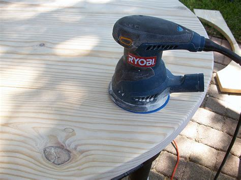 Diy-Smooth-Rough-Corners-Table-On-A-Budget