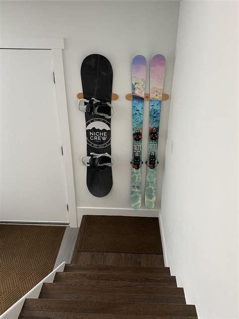 Diy-Snowboard-Wall-Rack