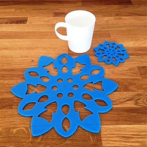 Diy-Snowflake-Placemats
