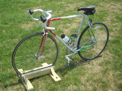 Diy-Standing-Bike-Rack