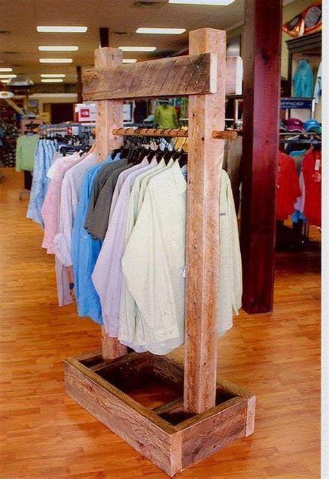Diy-Standing-Clothes-Rack