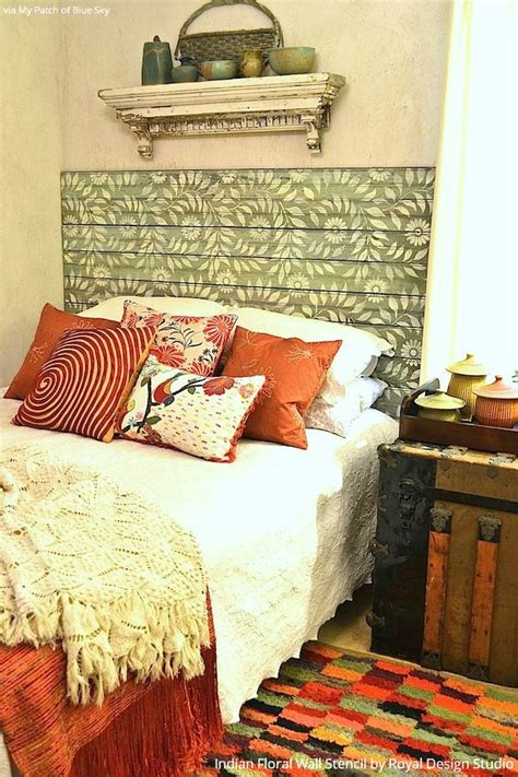 Diy-Stencil-Painted-Stencil-Headboard