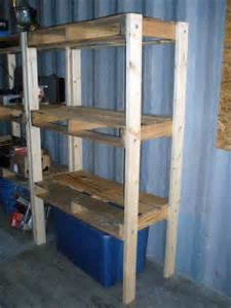 Diy-Storage-Shelves-With-Pallets