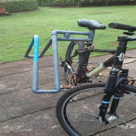 Diy-Surfboard-Rack-Motorcycle