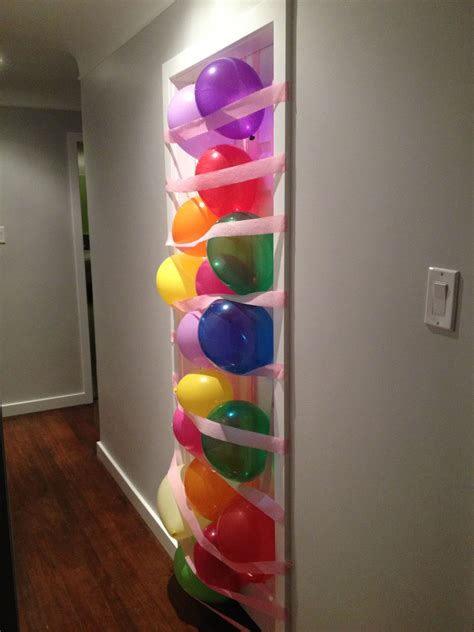Diy-Surprise-Balloon-Door