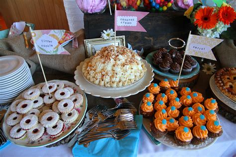 Diy-Sweet-Table-For-Wedding