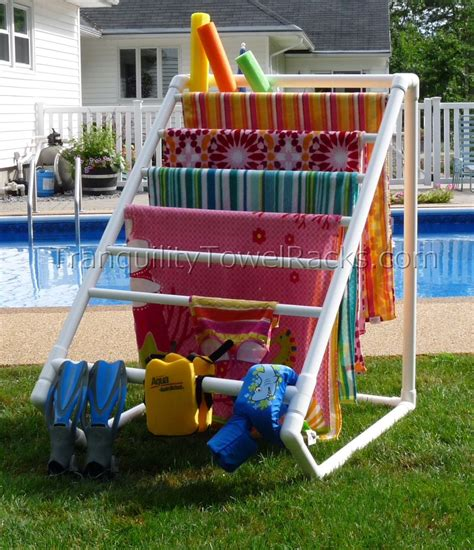 Diy-Swimming-Pool-Towel-Rack