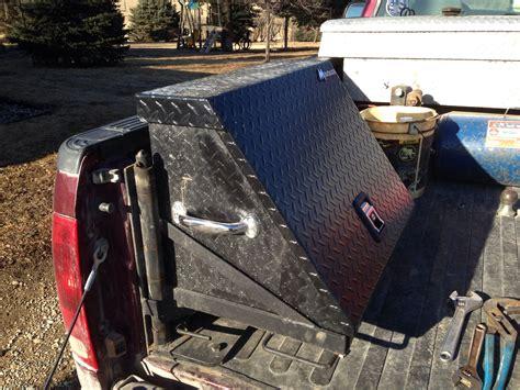 Diy-Swing-Tool-Box-For-Truck