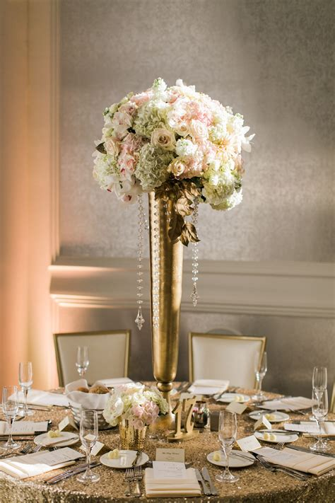 Diy-Table-Centerpieces-Black