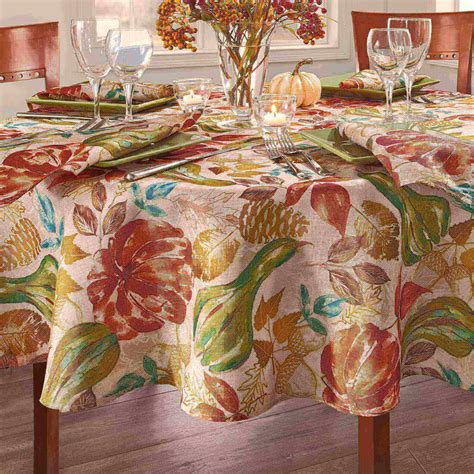 Diy-Table-Cloth-Design