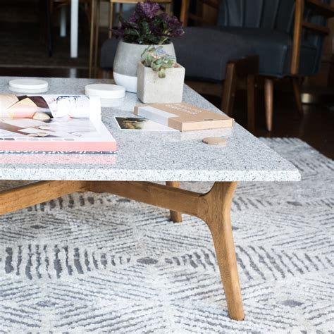 Diy-Table-Design-Sponge