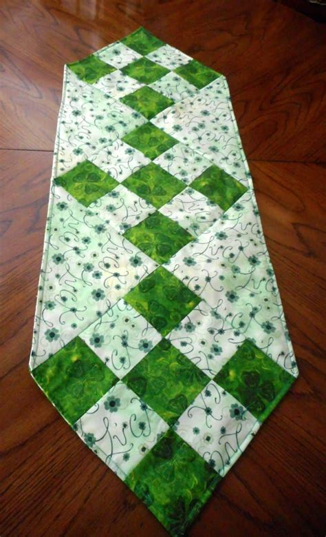Diy-Table-Runners-Toppers