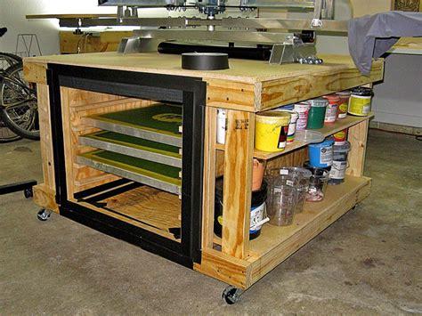 Diy-Table-Top-Print-Rack