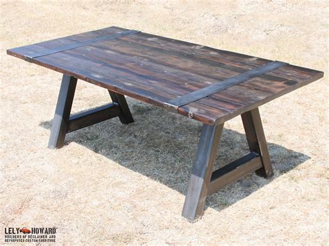 Diy-Table-With-Metal-Straps