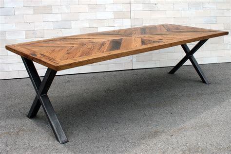 Diy-Table-With-Metal-X