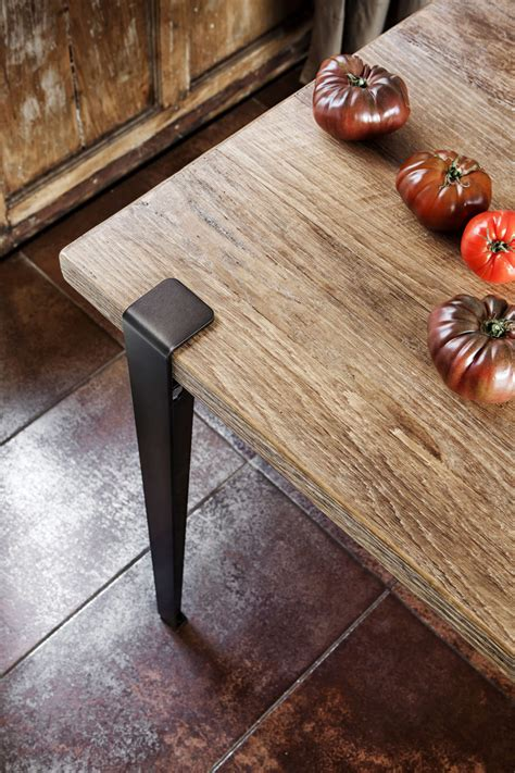 Diy-Table-With-Prefabricated-Legs