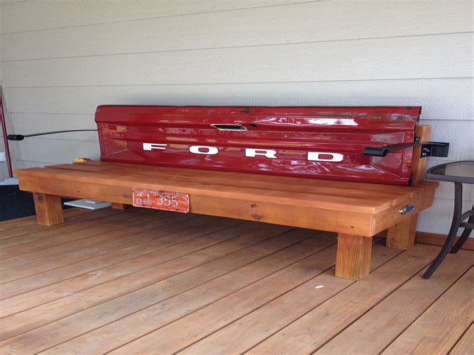 Diy-Tailgate-Bench
