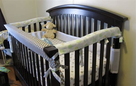 Diy-Teething-Rail-For-Crib