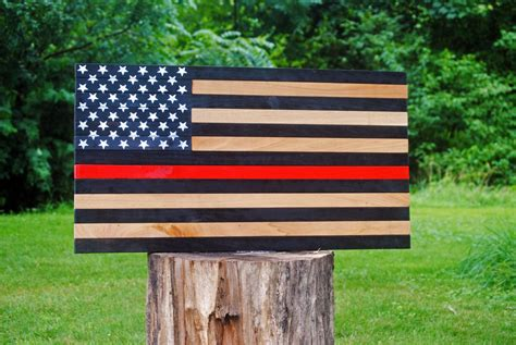 Diy-Thin-Red-Line-Wood-Flag