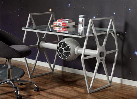 Diy-Tie-Fighter-Desk