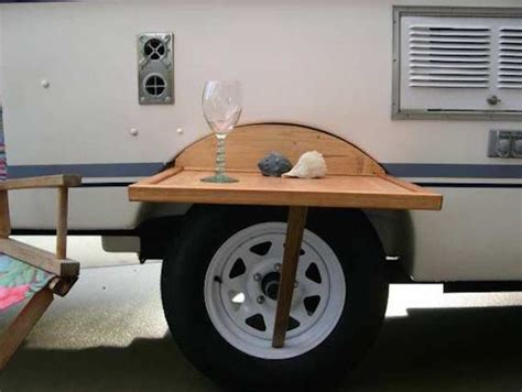 Diy-Tire-Mounted-Table