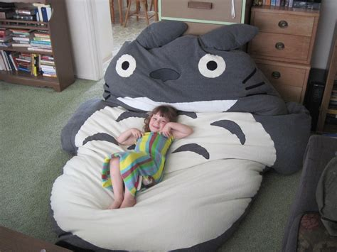 Diy-Totoro-Bean-Bag-Chair