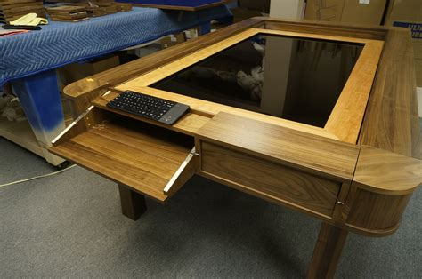 Diy-Touch-Screen-Gaming-Table