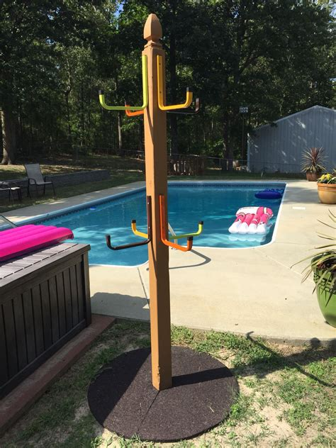 Diy-Towel-Rack-For-Pool-With-Hooks