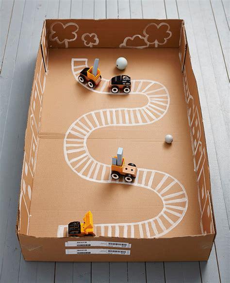 Diy-Toy-Box-From-Cardboard-Box
