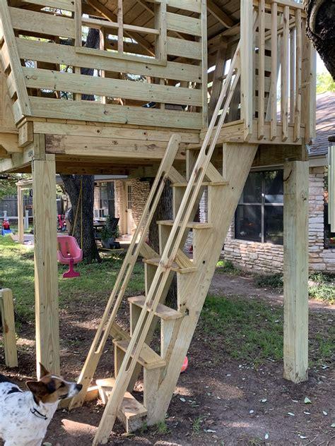 Diy-Treehouse-Steps