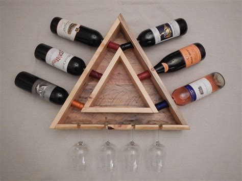 Diy-Triangle-Wine-Rack