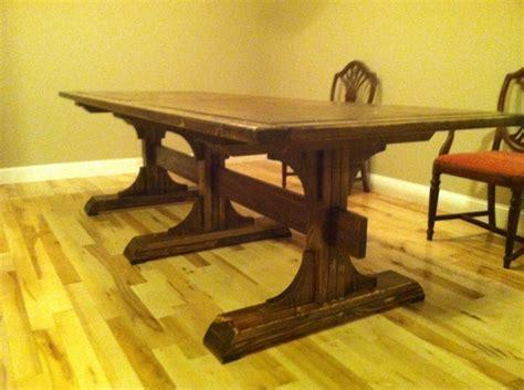 Diy-Triple-Pedestal-Farmhouse-Table