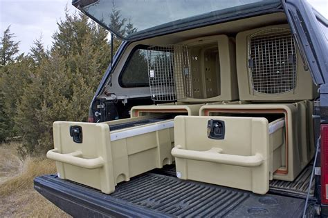 Diy-Truck-Bed-Dog-Crate