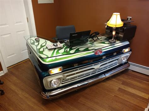 Diy-Truck-Desk