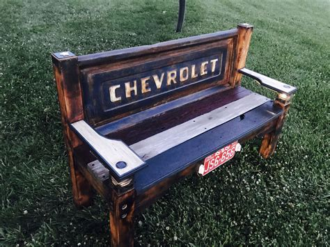 Diy-Truck-Tailgate-Bench