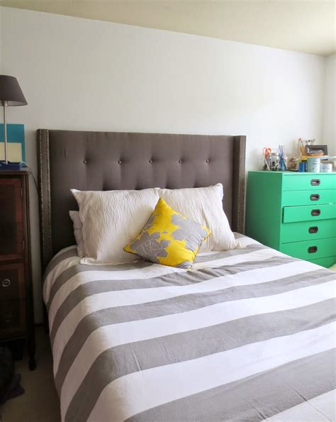 Diy-Tufted-Headboard-With-Frame